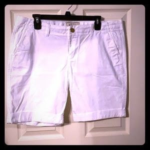 Old Navy Favorite Khakis White Perfect Bermudas 14